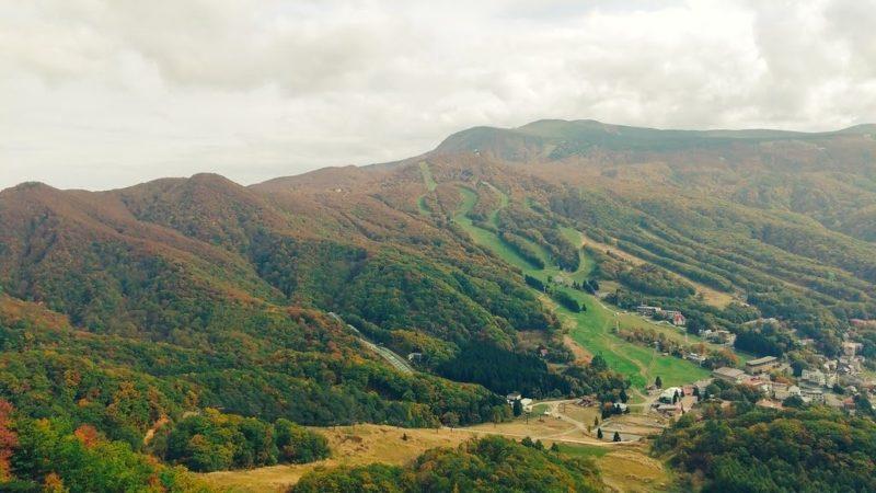 【遊べる絶景紅葉ランキング1位蔵王温泉スキー場】秋の瀧山見頃情報 Enjoy-autumn-at-Yamagata-Zao-Onsen-Ski-Resort.ranked-No.1-in-Japan-for-its-spectacular-autumn-leaves.jpg