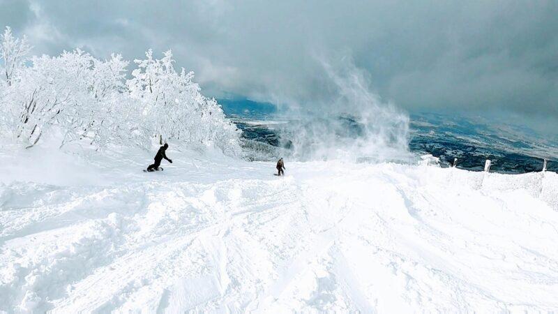 【神雪スノーボード 大嵐リフト運休明け大雪】山形蔵王温泉スキー場   Yamagata-Zao-Onsen-Ski-Resort-holy-powdersnow.jpg