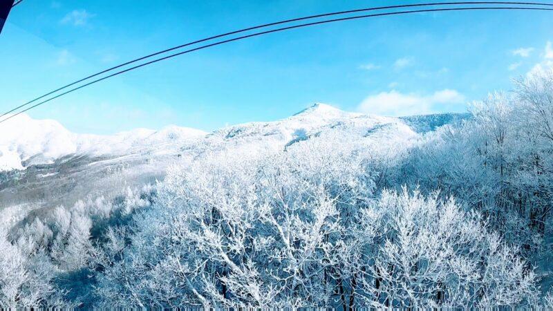【絶景ロープウェイ 樹氷復活の2月寒波明け】山形蔵王温泉スキー場  Spectacular-Views-of-Yamagata-Zao-Ropeway-in-February.jpg