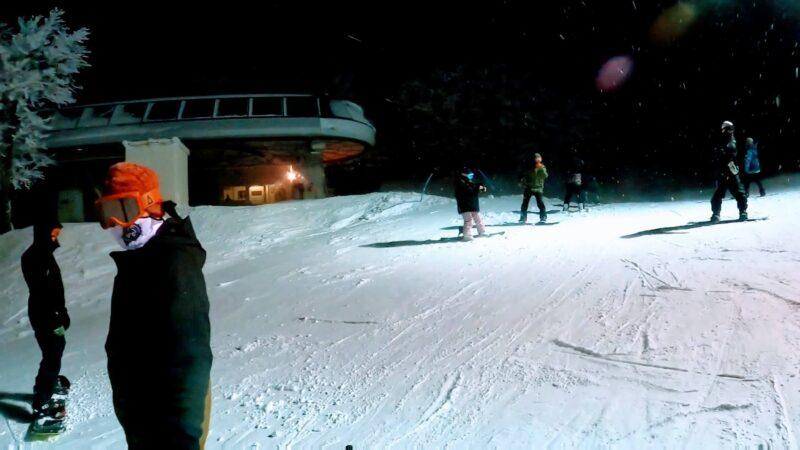 【ナイター滑ろう会 上の台大雪スノーボード】山形蔵王温泉スキー場 Uwanodai-night-skiing-party-at-Yamagata-Zao-Onsen-Ski-Resort.jpg