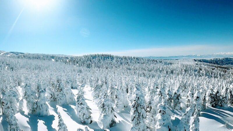【絶景2月大快晴 真冬の蔵王山熊野岳とお釜】山形蔵王温泉スキー場 Yamagata-Zao-Onsen-Ski-Resort-in-February-with-Great-Weather.jpg
