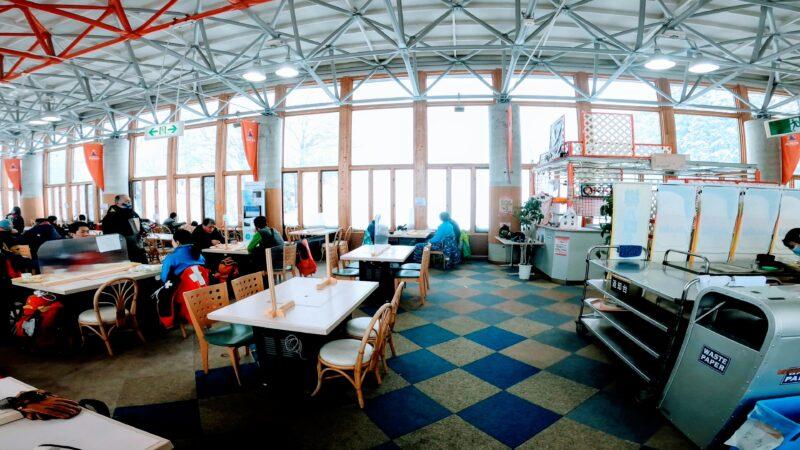 【ファミリー向け上の台ジュピア カツカレー】山形蔵王温泉スキー場 Restaurant-at-Uwanodai-Jupia-in-Yamagata-Zao-Onsen-Ski-Resort.jpg