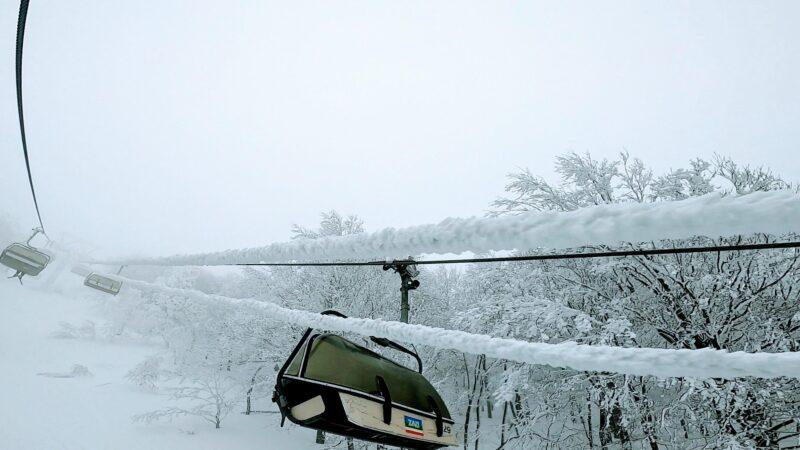 【ラストハイシーズン 暖気と雨予報2月新雪】山形蔵王温泉スキー場 Yamagata-Zao-Onsen-Ski-Resort-in-the-Last-Great-Winter-Season.jpg