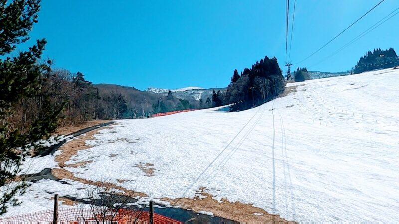 【春の蔵王】スキー場情報!立ち枯れの樹氷の木 まだ下まで滑れます yamagatazao-information-spring-slope.jpg