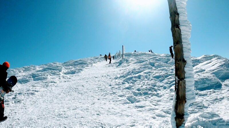 【凄すぎる樹氷原絶景 地蔵山三宝荒神山】2月山形蔵王温泉スキー場   Panoramic-and-spectacular-views-from-Jizo-and-SanpoKoujin-mountain-at-Yamagata-Zao-Onsen-Ski-Resort.jpg
