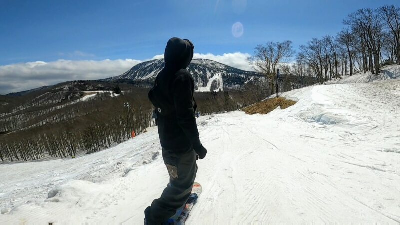 【4月春スキー中央エリア 春の蔵王を楽しむ】山形蔵王温泉スキー場  Enjoy-springtime-Zao-and-snowboarding-in-the-central-area-of-Yamagata-Zao-Onsen-Ski-Resort-in-April.