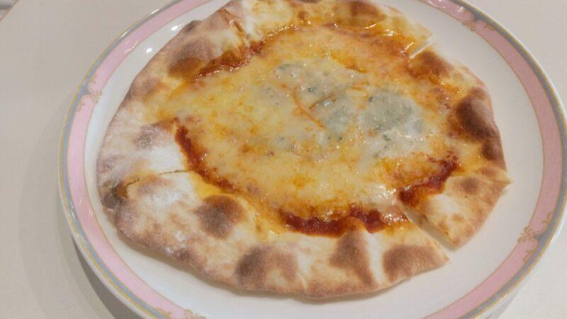 【石窯ピザ人気 ファミリー向けアクティビティ】蔵王ライザワールド Zao-Liza-World-is-popular-for-its-stone-oven-pizza-and-is-family-friendly.jpg